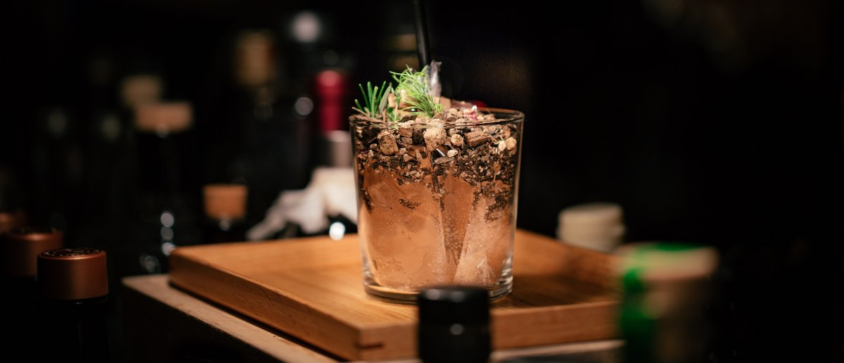 A picture of a Pimp & Sessions cocktail by Tomo.