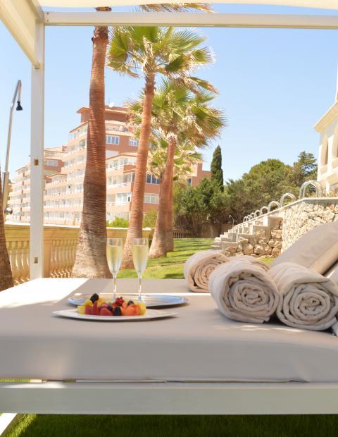 champagne beach hotel mallorca