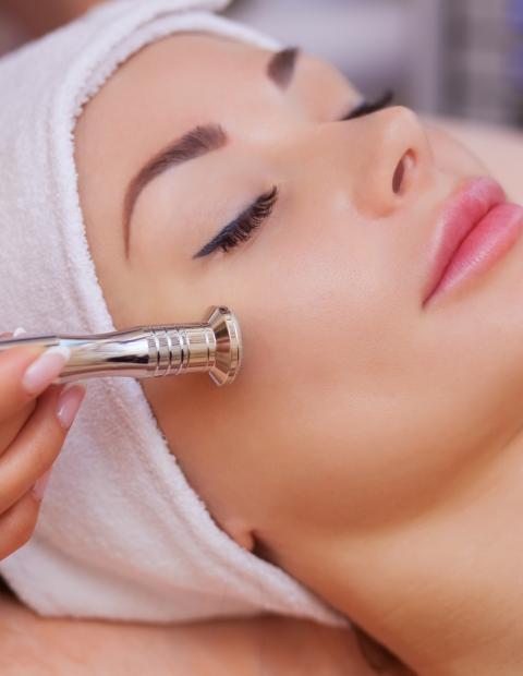 face lift treatment tarragona