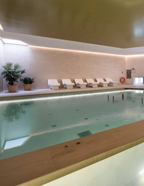 Llaut hotel mantly spa pass