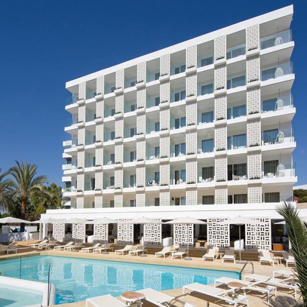 hotel con piscina palma